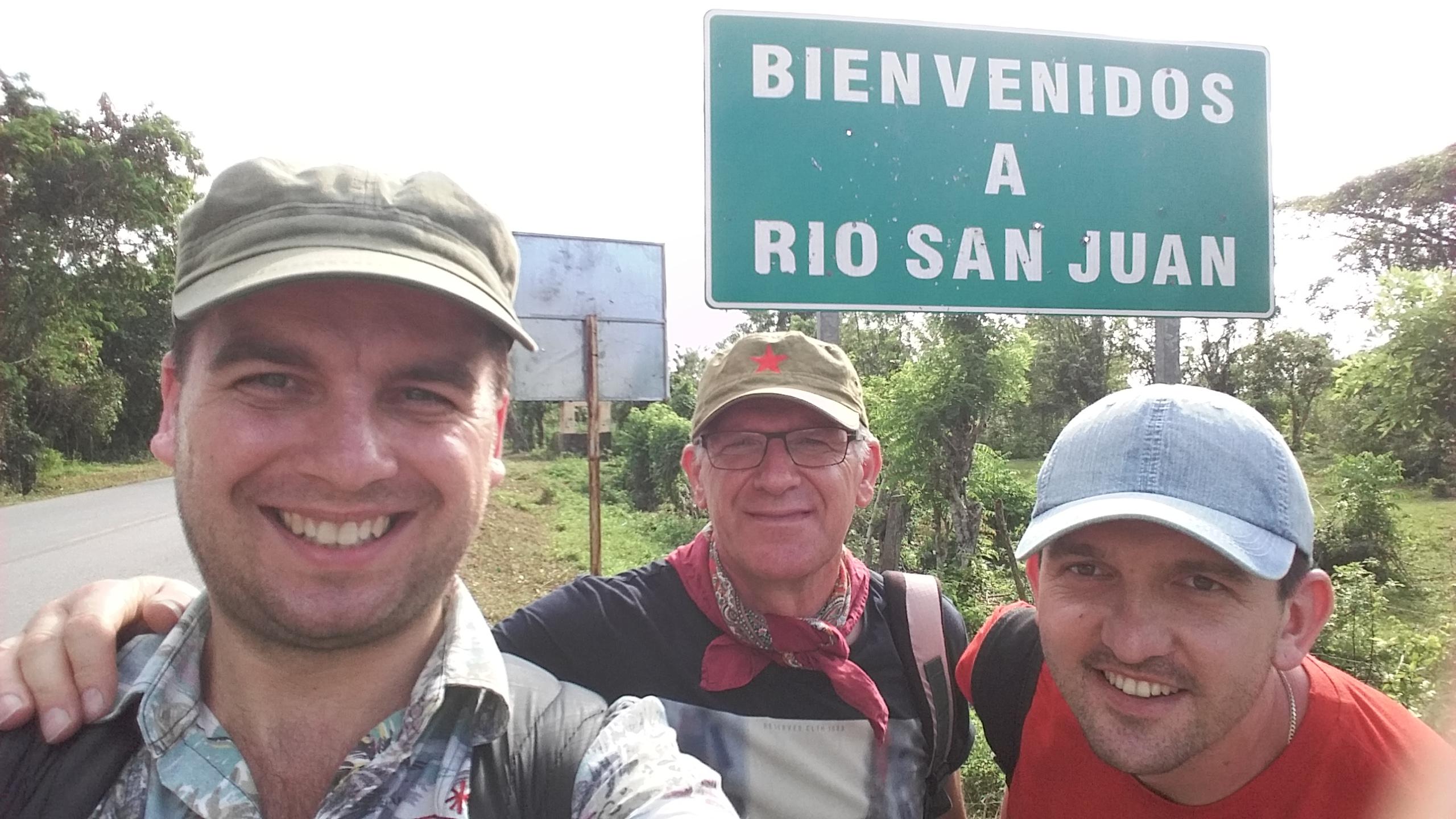 Trzej przyjaciele w Dominikanie w Rio San Juan