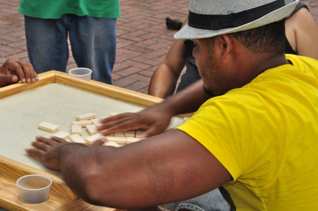 Efekt domina, czyli niezwykła popularność tej gry wśród Dominikańczykow