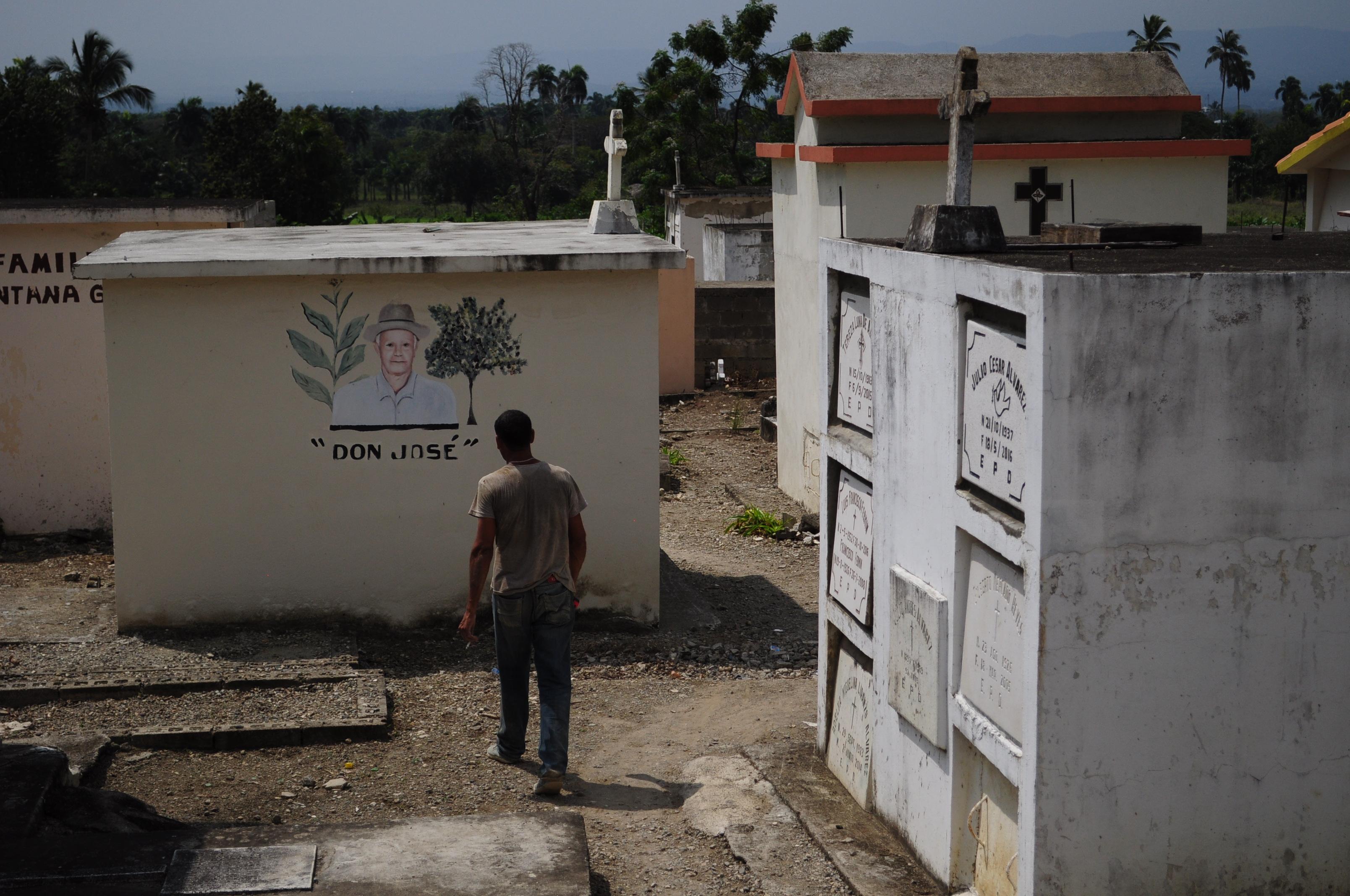Letargiczność karaibskiego cmentarza